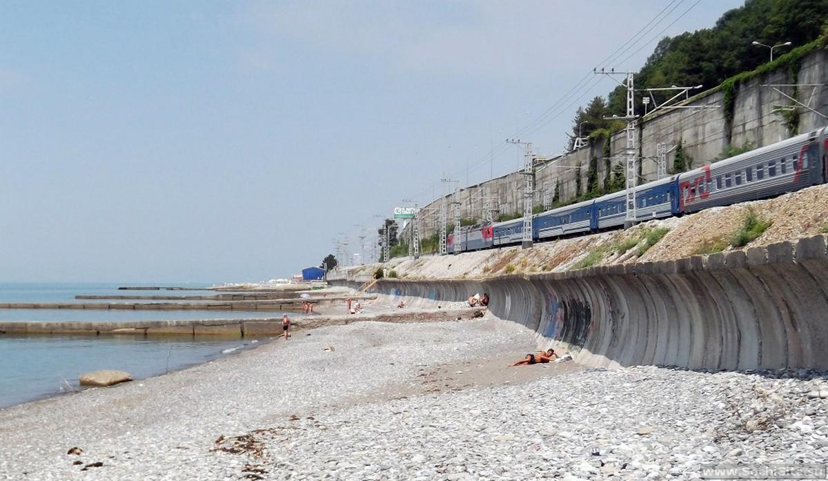 Нудистский пляж Сочи в Хостинском районе - фото, как добраться