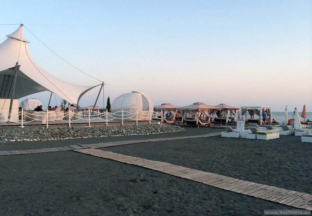 Пляж Мандарин Адлер - один из лучших в этом районе. Фото, отзывы