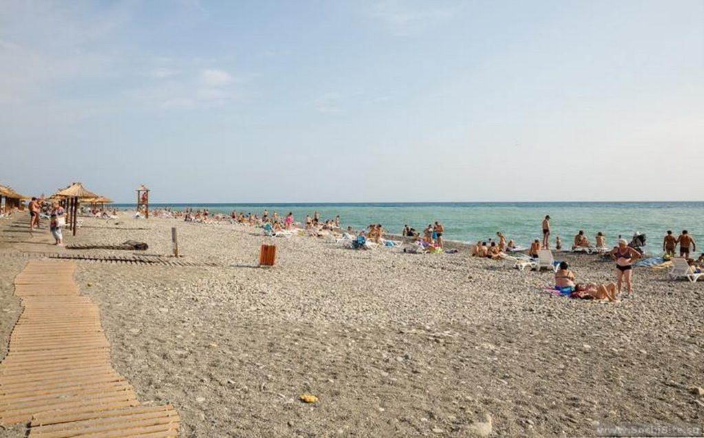 Пляж Чайка в Адлере